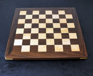 Walnut and Maple Chess board - Analysis size image 1
