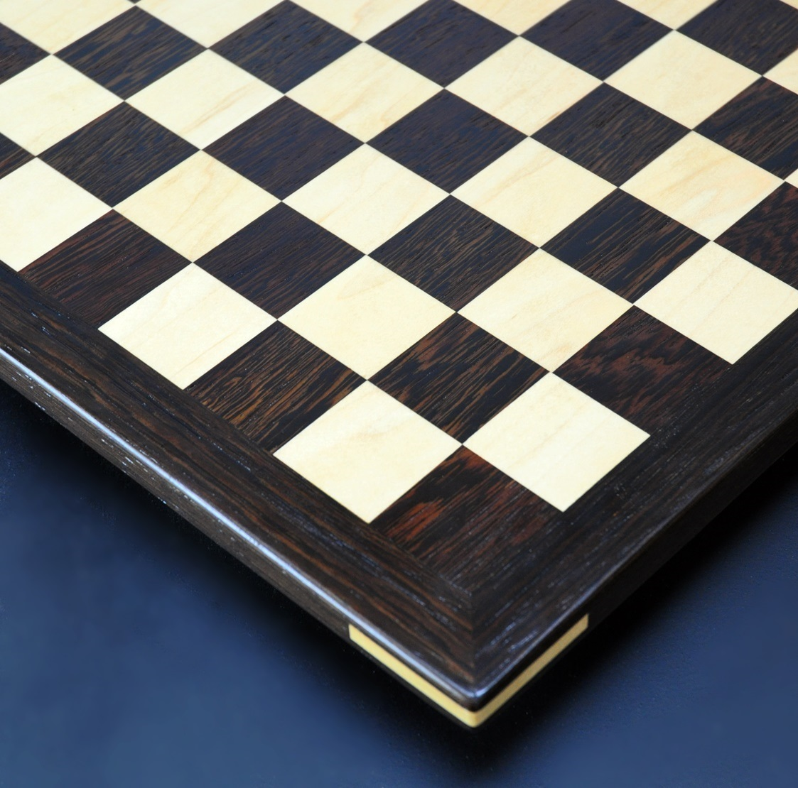 Wenge and Curly Maple Analysis Chess Board img 4