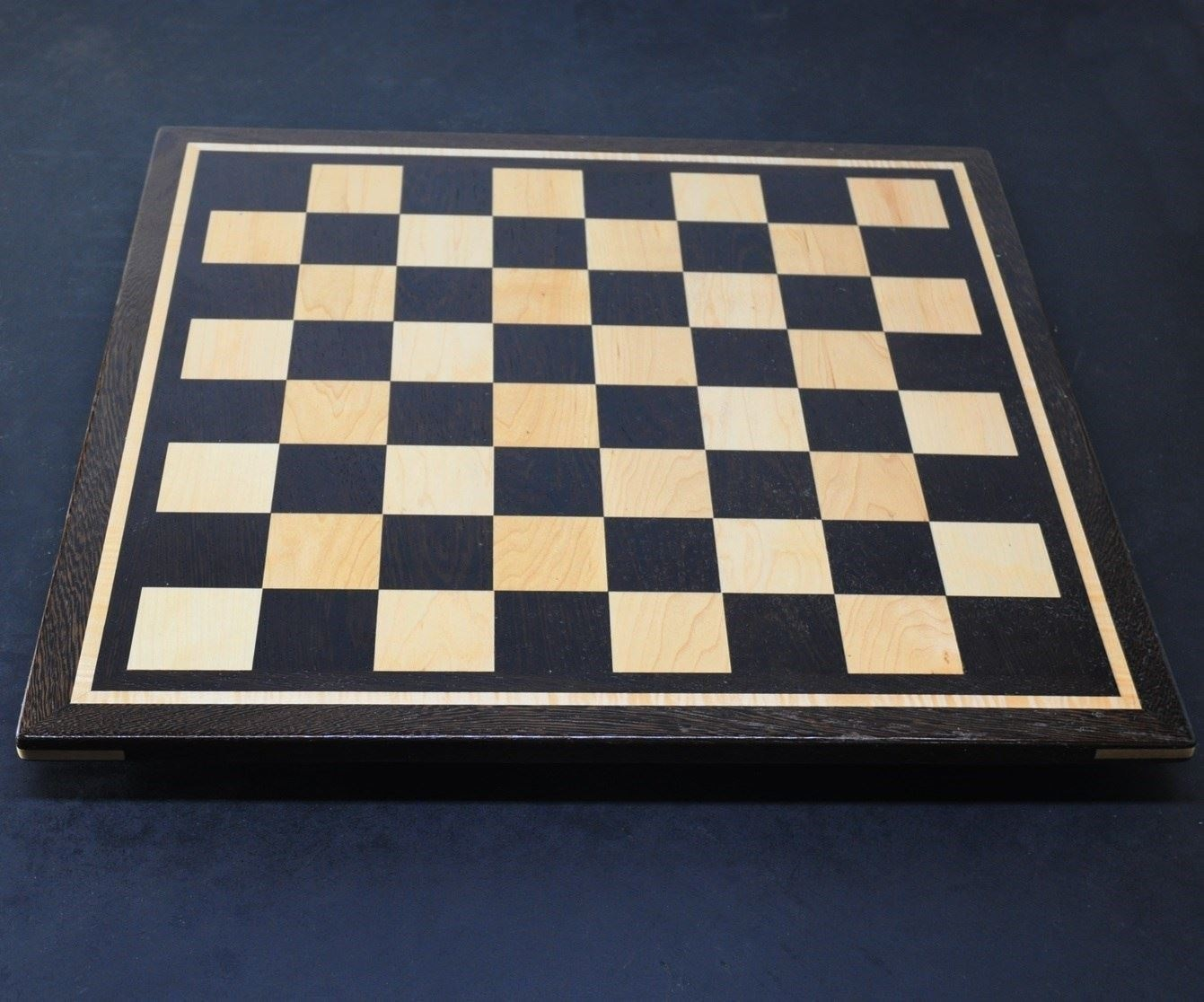 Wenge Chess Board with 2½ inch squares inlay frame img2
