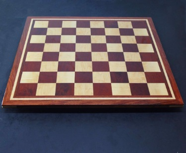 Bloodwood, Bubinga, Maple -inlay frame- tournament size chess board image(2)