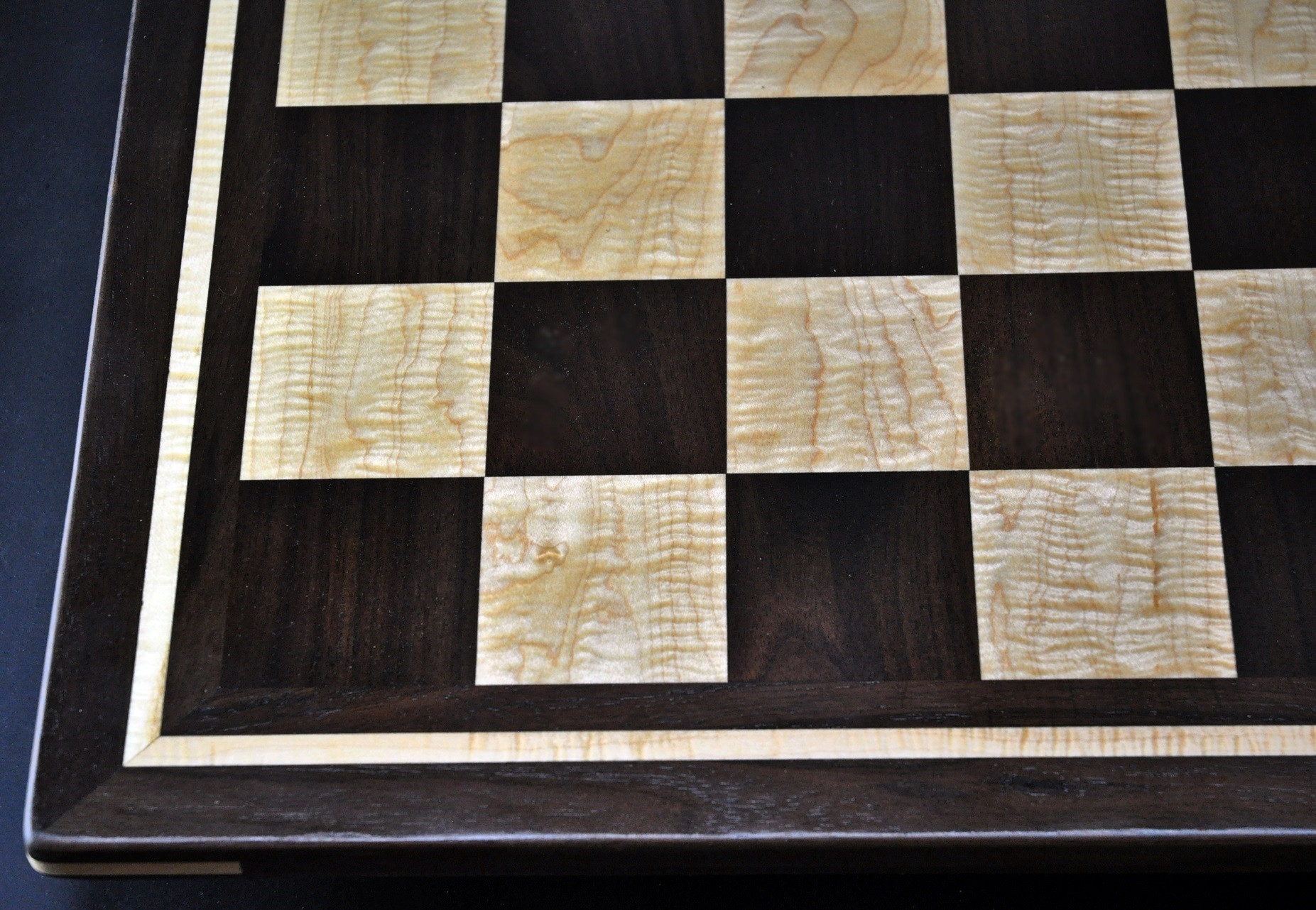 Peruvian Walnut and Curly Maple Chess board with inlay frame -2½ inch squares image 4