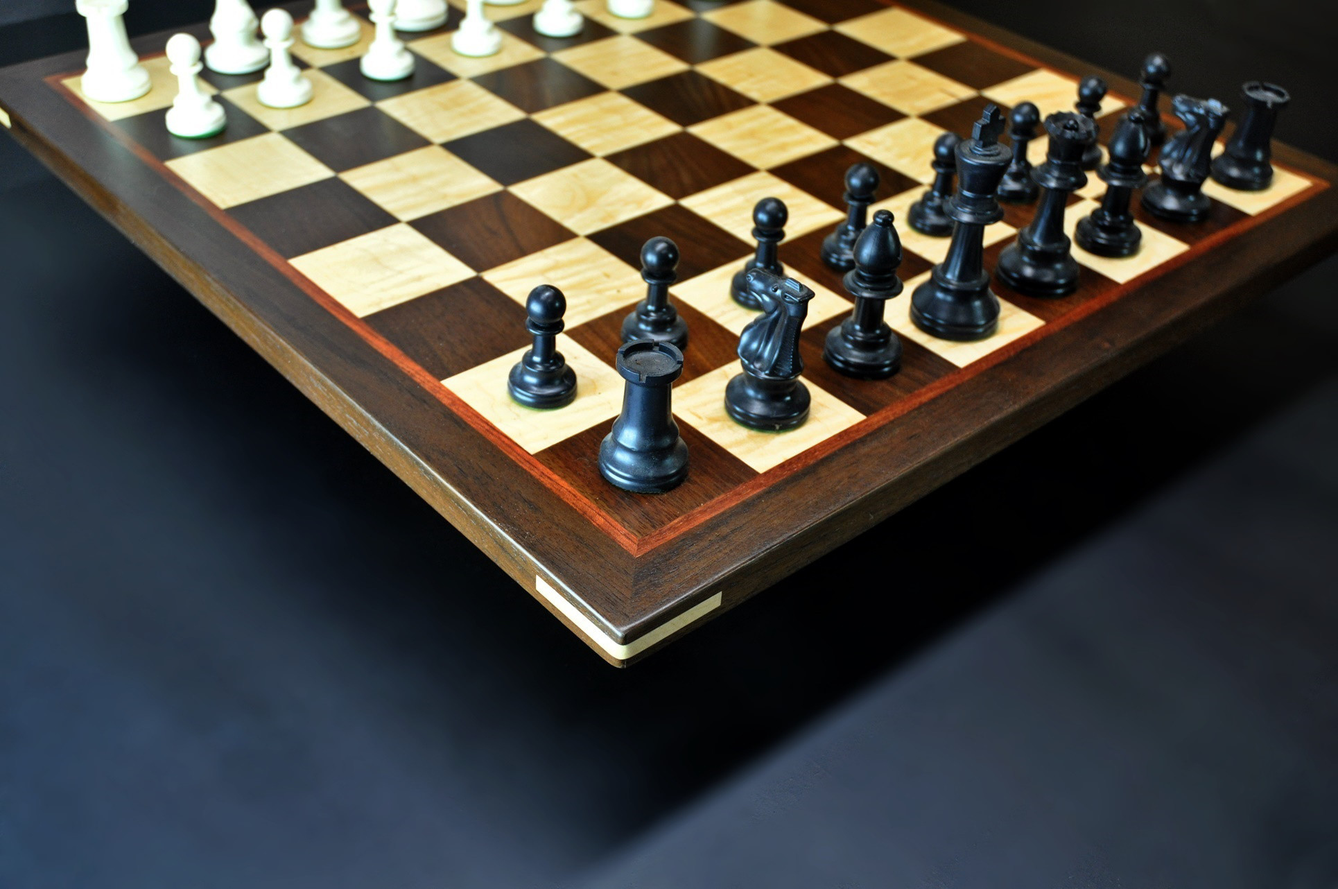 Peruvian Walnut and Maple Chess board with Bubinga delimiter -2¼ inch squares image 2